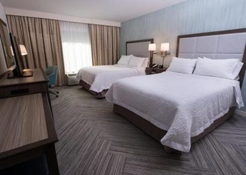 Hampton Inn & Suites by Hilton Fredericton in Fredericton