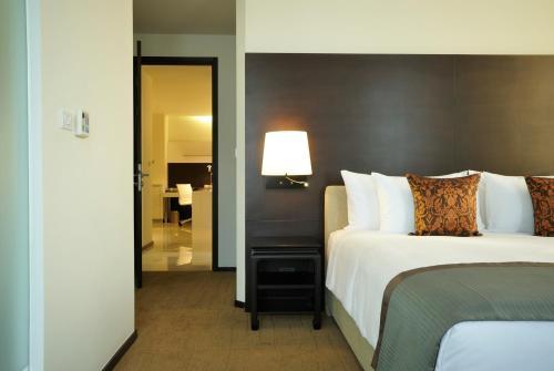 Anantara Sathorn Bangkok Hotel photo 47
