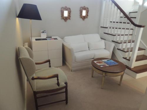 Duplex Double Room Castillo Del Bosque La Zoreda 23