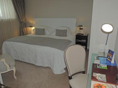 Classic Double or Twin Room Castillo Del Bosque La Zoreda 33