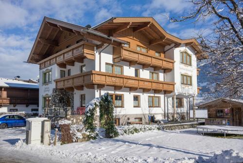 Gästehaus Schneeberger 310859 Mayrhofen