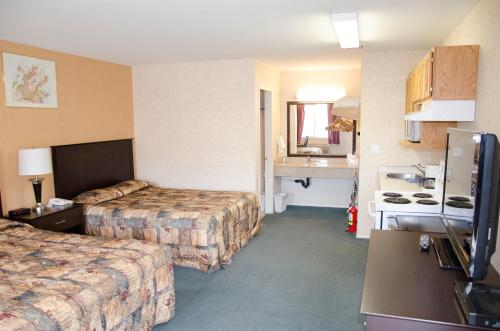 Best Budget Inn & Suites Kamloops - image 14