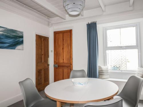 3 Florence Place, Newlyn, Cornwall