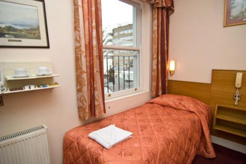 Alexandra Hotel - Photo 6 of 25