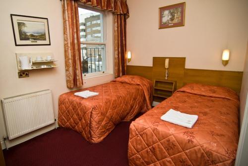 Alexandra Hotel - Photo 7 of 25