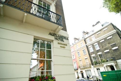 Alexandra Hotel - Photo 3 of 25