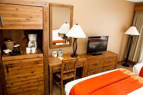 Tonquin Inn - Hotel - Jasper