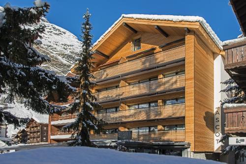 . Ascot-Zermatt