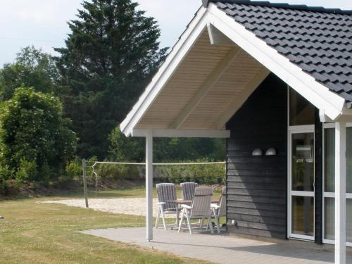 Four-Bedroom Holiday home in Oksbøl 3 in Oksbøl