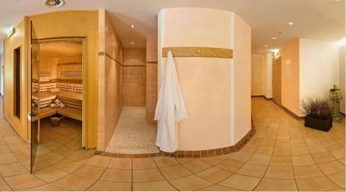 Фото отеля Hotel zum Goldenen Lowen