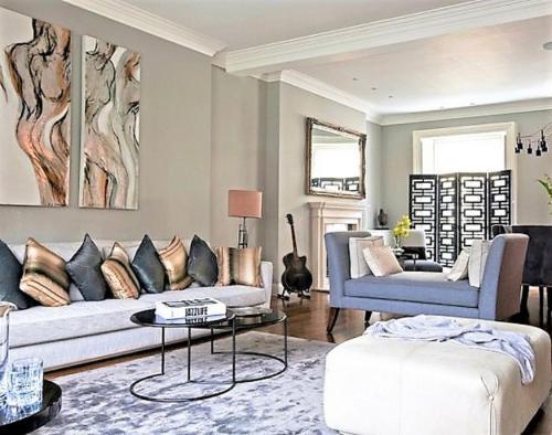 MONDRIAN Luxury Suites & Apartments