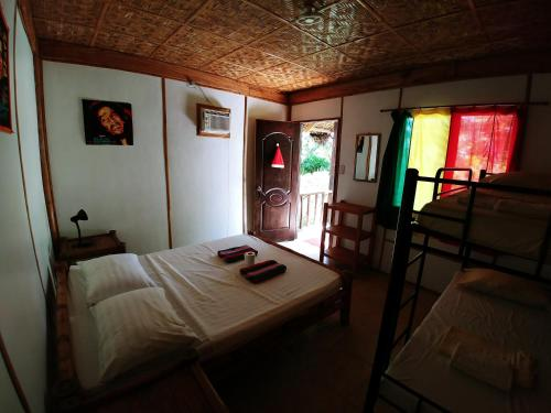 picture 2 of Reggae Guesthouse