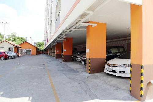 ZEN Rooms Ramkhamhaeng Mansion photo 16