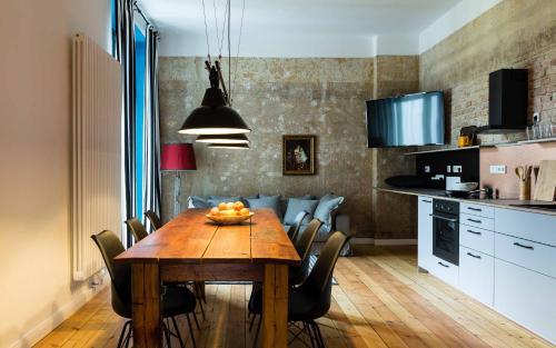 Brilliant Apartments photo 79