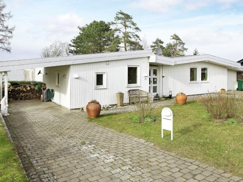 Three-Bedroom Holiday home in Roskilde in Kirke-Hyllinge