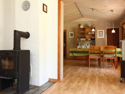 Two-Bedroom Holiday home in Dannemare 7