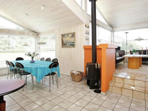 Four-Bedroom Holiday home in Hjørring 10 in Lønstrup