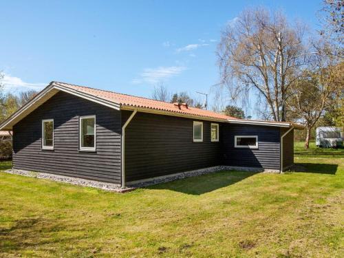 Three-Bedroom Holiday home in Vig 2 in Vig
