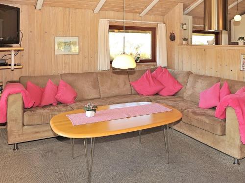 Holiday Home Hedelærkevej II in Henne Strand