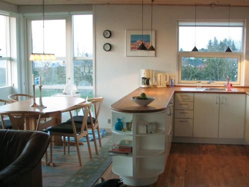Three-Bedroom Holiday home in Allingåbro 2 in Nørager