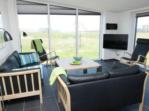 Four-Bedroom Holiday home in Løkken 19 in Løkken