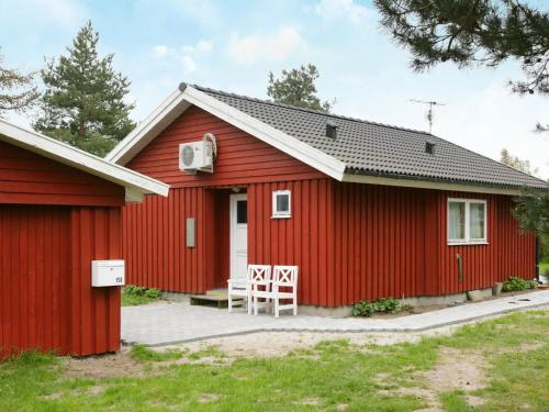 Two-Bedroom Holiday home in Rødby 10 in Kramnitse