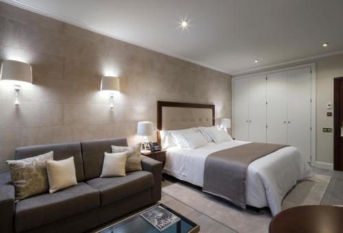 Habitación Doble con vistas al jardín Hotel Casa Vilella 4* Sup 4