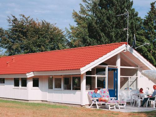 Three-Bedroom Holiday home in Køge in Strøby Ladeplads