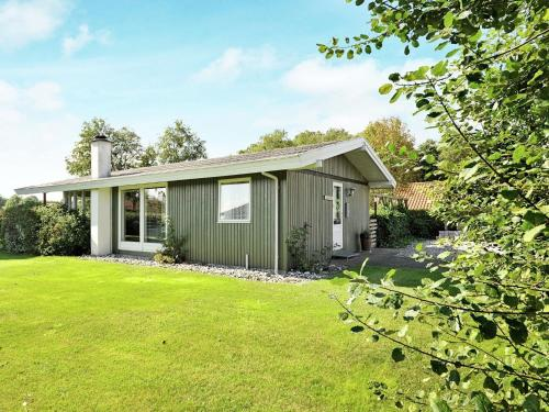 Three-Bedroom Holiday home in Børkop 13 in Egeskov