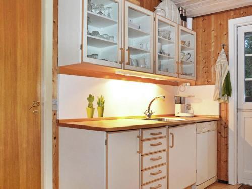 Three-Bedroom Holiday home in Nørre Nebel 12 in Lønne Hede