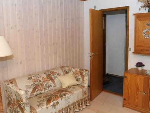 Three-Bedroom Holiday home in Glesborg 27 in Fjellerup Strand