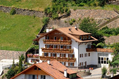 Haus Hofer - Hotel - Barbiano