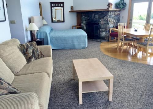 Kineo View Lodge - Greenville, ME 04441