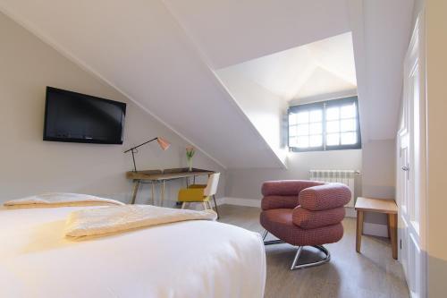 Habitación Doble Estándar con cama grande Pazo de Mendoza 4