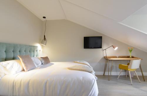 Habitación Doble Estándar con cama grande Pazo de Mendoza 5