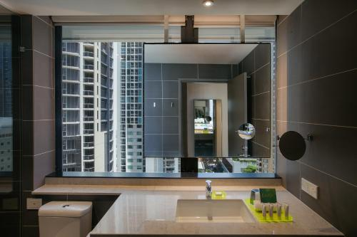 80 Albert Street, Brisbane, Queensland 4000, Australia.