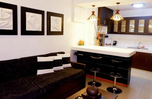 Affordable Apartment units near BGC room photos