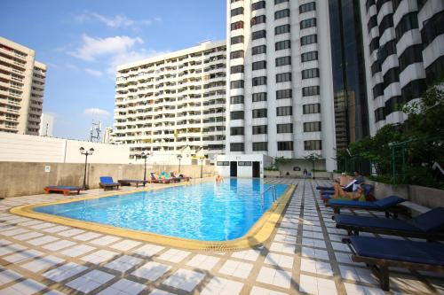 Omni Tower Sukhumvit Nana by Compass Hospitality photo 29