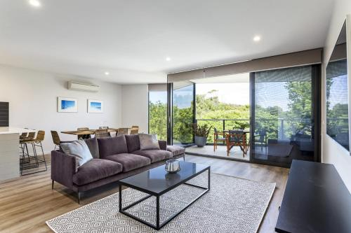 . Blairgowrie Apartment 2 - on the beach