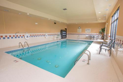 Hampton Inn & Suites Cincinnati-Union Centre Oh
