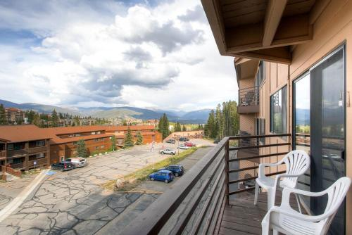 205-F Buffalo Ridge - Silverthorne, CO 80498