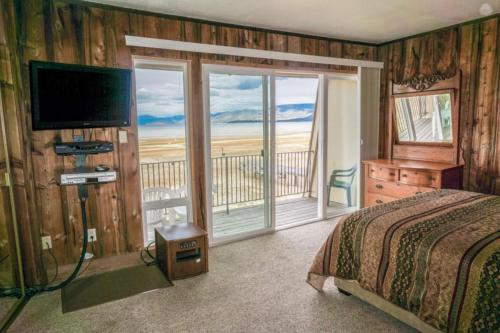 Waterfront Lakeview Avenue Tahoe Condo