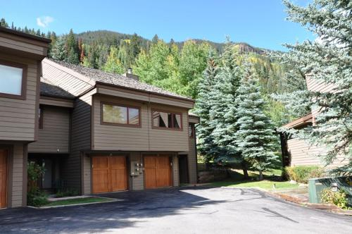 Courtside #27 Townhome - Vail, CO 81657