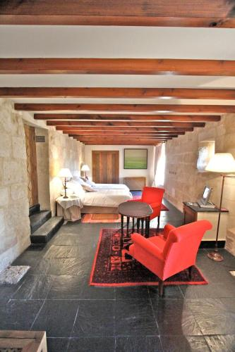 Deluxe Double or Twin Room - single occupancy Posada Real Castillo del Buen Amor 21