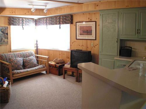 Blue Sky Lodge - Lake Tahoe, CA 96150