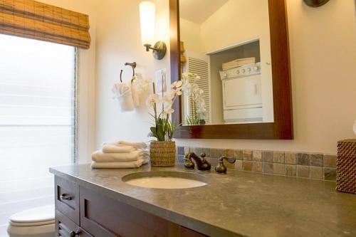Aina Nalu Two-Bedroom One-Bathroom - 25