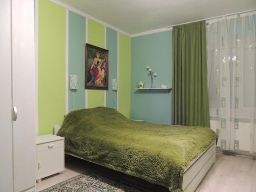 . Apartment on Stefanyka 42/5