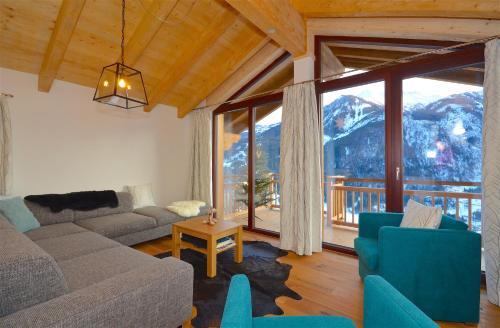 Ski-in / Ski-out Chalet Maiskogel 13a by Alpen Apartments - Kaprun