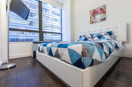2 Bedrooms Suite in Financial Disctrict