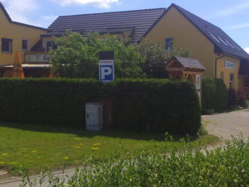 Gasthaus Zur Hecke (B&B)